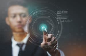 Imagem de um homem utilizando um painel em realidade virtual para saber se contabilidade-online-e-para-minha-empresa